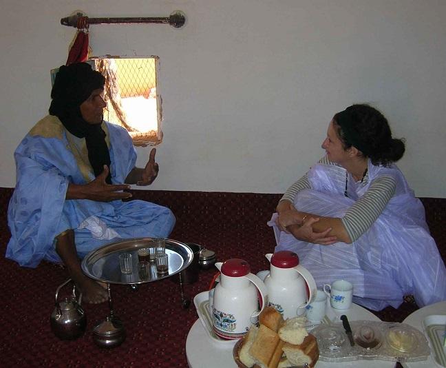 Sahara Desert 2006 interviewing a Saharoui leade